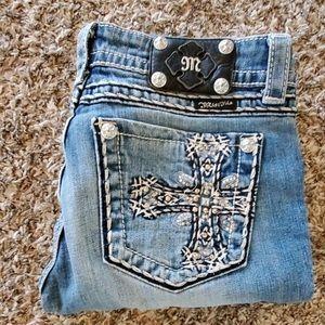 Miss me cropped whit cross pocket bling design